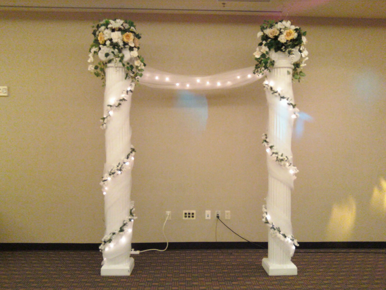 White Columns For Wedding Wedding Tips And Inspiration